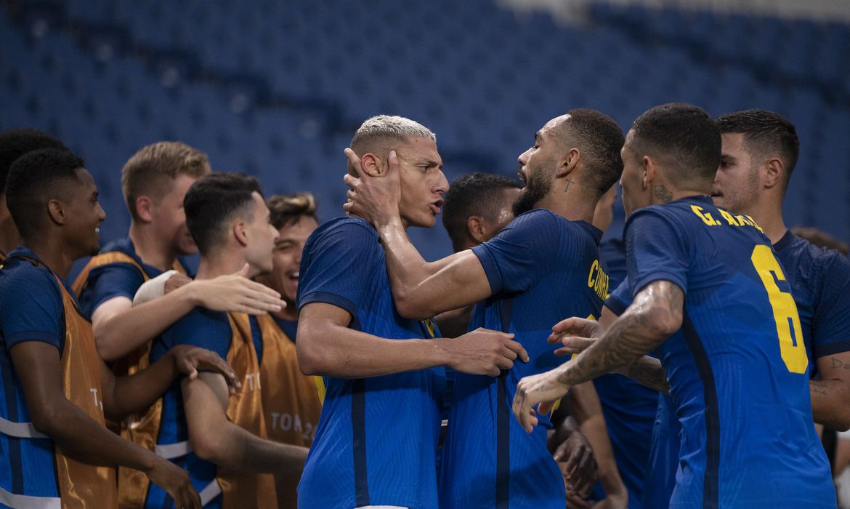 Imagem Tóquio: seleção brasileira vence a Arábia Saudita e avança às quartas